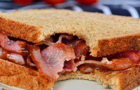 Бутерброды с колбасой доведут до слабоумия