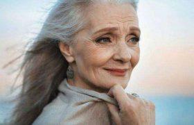 Склонными к болезни Альцгеймера женщин делает их собственный мозг