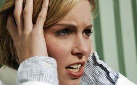 Лишний вес провоцирует мигрень