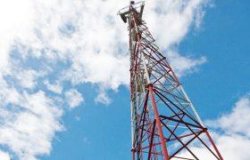 Люди, живущие возле вышек сотовой связи, жалуются на здоровье