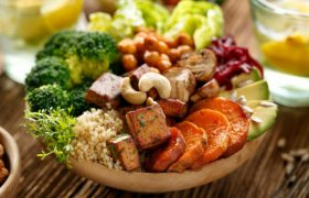 Вегетарианцы и веганы имеют больший риск возникновения инсульта