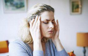 Врачи рассказали, в каких случаях головная боль может быть смертельно опасной