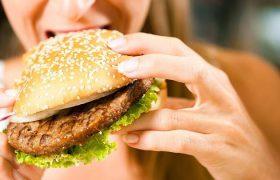«Люди пожирают мозги»: исследователи деменции объясняют, как защитить себя