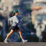 Ученые: скорость ходьбы и скорость мыслительных процессов связаны