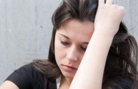 Длительная апатия может говорить о болезни сердца или мозга
