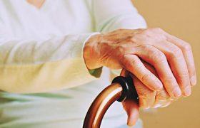 Пенсионный возраст хотят поднять до 70 лет