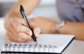 Эксперт объяснил, о чем может говорить резкое изменение почерка