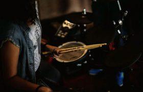 У барабанщиков мозг работает по-другому