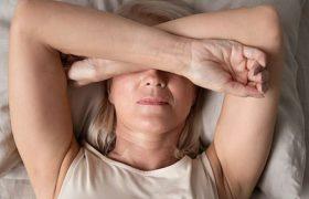 Бессонные ночи приближают старческое слабоумие