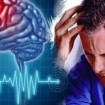 Как обезопасить себя от инсульта за праздничным столом
