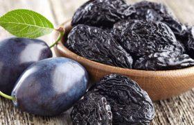 Исследование: замена сладких закусок на чернослив оказала благотворное влияние на здоровье