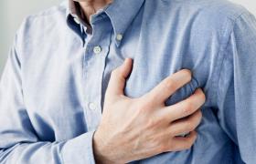 Сердечный приступ: первая помощь и самопомощь