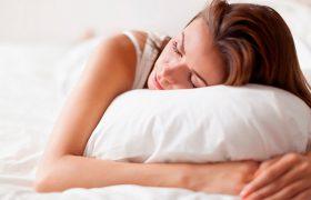 Недостаток сна может провоцировать развитие болезни Альцгеймера