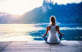Медитации помогают сохранить молодость мозга, заявляют неврологи