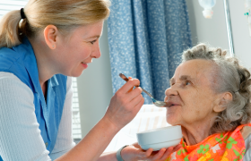 Болезнь Альцгеймера: как начинается и когда необходимо обращаться к врачу