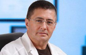Доктор Мясников назвал симптомы опасной головной боли