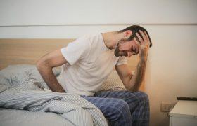 Невролог назвал причины возникновения мигрени