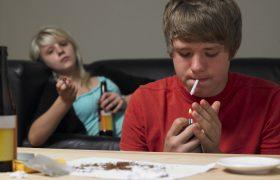 Домашнее тестирование детей-подростков на употребление наркотиков: за и против