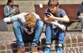 Непопулярным школьникам угрожают инсульты