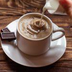 Пять напитков, которые стимулируют работу мозга